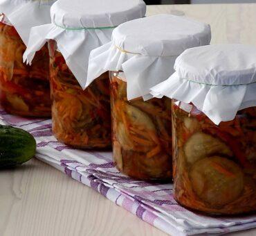 Sałatka warzywna na zimę – obiadowa