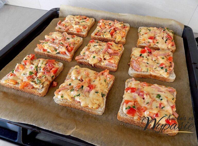 Ekspresowe zapiekanki z chleba