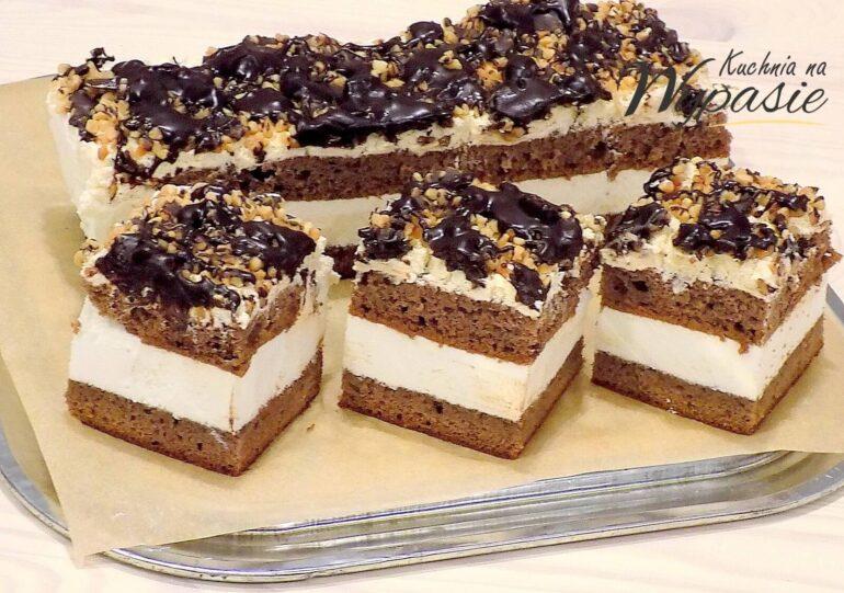 Ciasto piernikowe z kremem mlecznym