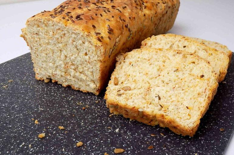 Przepis na chleb z ziołami i ziarnem
