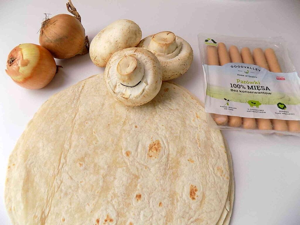 Roladki z tortilli panierowane