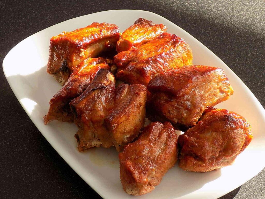 Żeberka pieczone w piekarniku