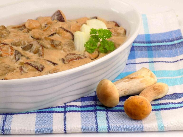 Sos grzybowy ze świeżych grzybów
