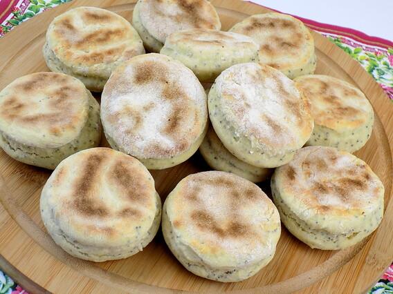 Przepis na proziakizdjęcie przedstawiające chlebki proziaki według przepisu z bloga kuchnia na wypasie
