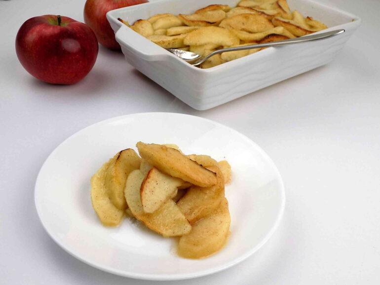 Jabłka pieczone z cynamonem